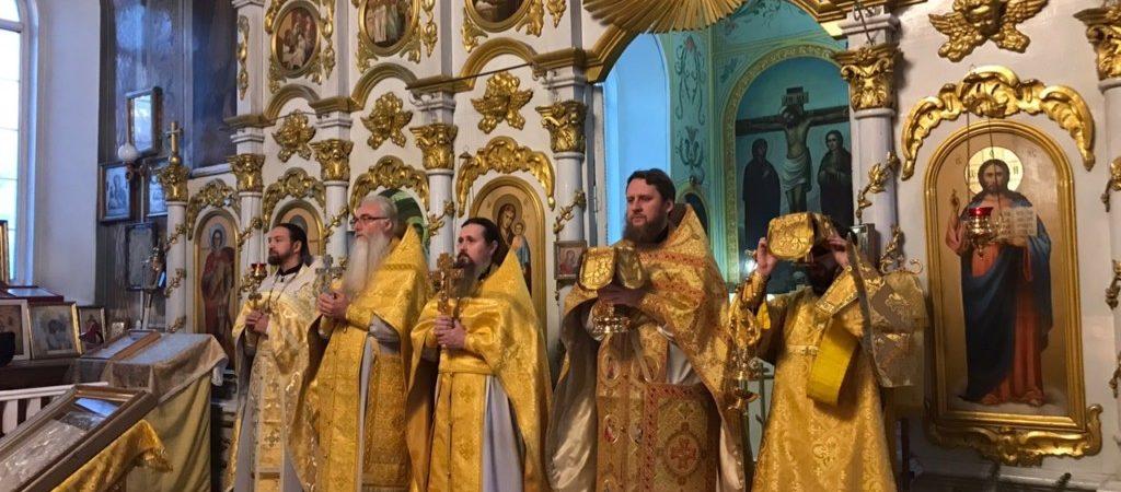 Никольский соборный храм города Сатка отметил престольный праздник